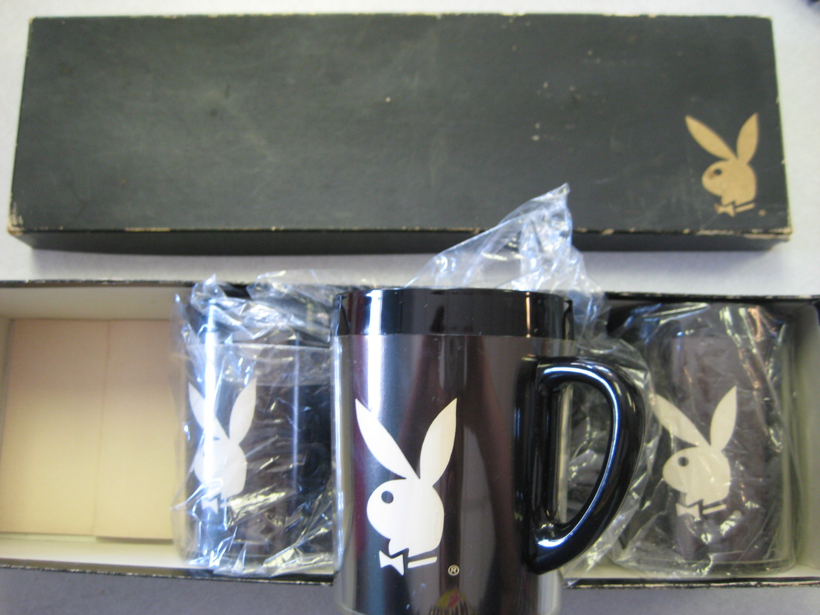Playboy Thermo serve Cups